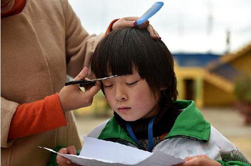 春节前服务业普遍提价 律师:收费前公示即合理