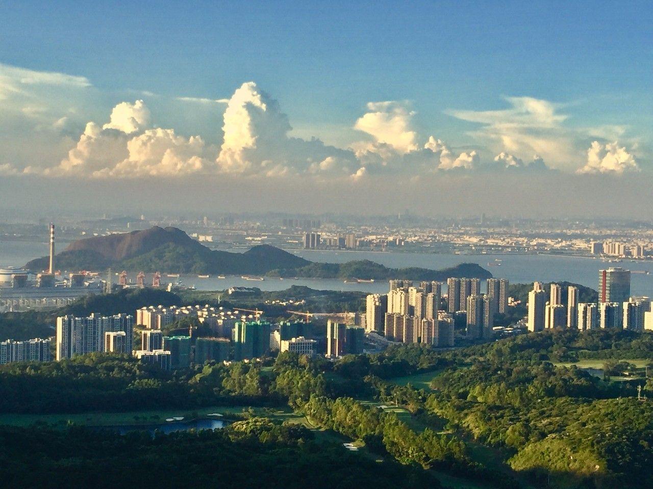 港珠澳大桥全线贯通之际,广州佛山中山三城悄悄砸钱干了一件大事!