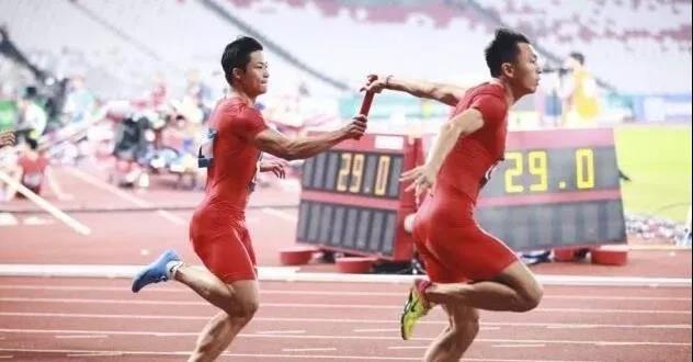 中山飞人,中国速度!今早,苏炳添和队员创造新纪录!