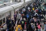1724.3萬人次!鐵路單日旅客發送量創歷史新高!