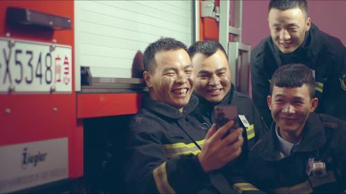 最高人气奖:我是一名消防员(广州消防救援支队)