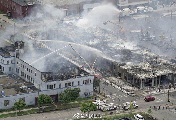 美国明尼阿波利斯市进入紧急状态